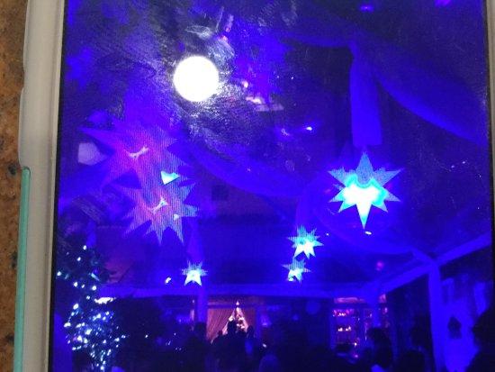 Villa Azur Restaurant & Lounge: Ambiance !!