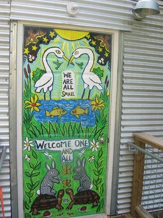 Pittsboro, Karolina Północna: entrance door