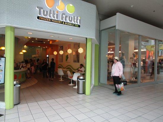 North Attleboro, MA: Tutti Frutti Emerald Square Mall.