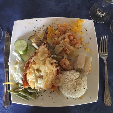 Casa de Fondue : Lobster and shrimp dinner.