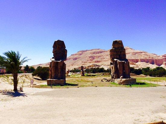 Egypt Tours Portal Day Trips: Colossi of Memnon
