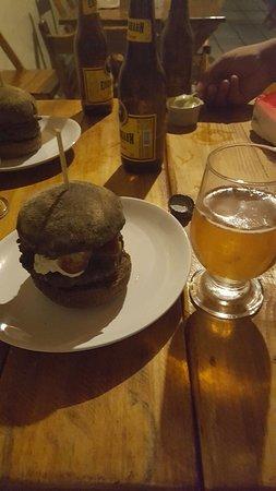 Carila's Burger