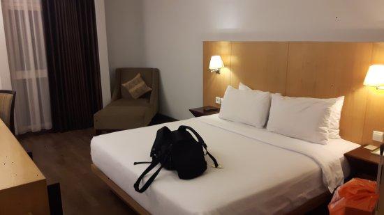 Hotel Santika Mataram : 20170603_224734_large.jpg