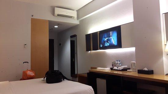 Hotel Santika Mataram : 20170603_224745_large.jpg