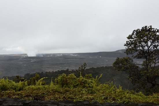 Volcano House: Kilauea crater, View from restaurant