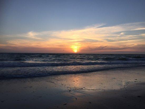 Naples Beach: photo0.jpg