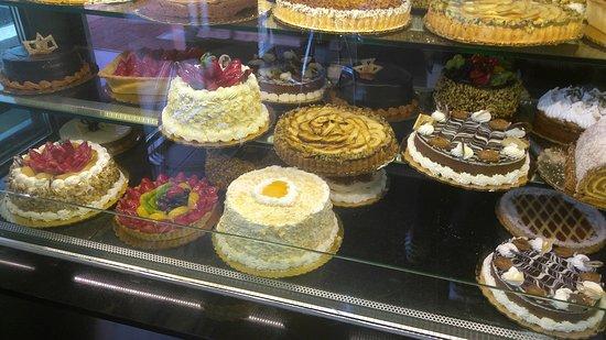 Patagonia Nahuen: Dessert, lunch, meat area