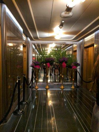 Bar SixtyFive: rainbow room and bar 65 elevator area