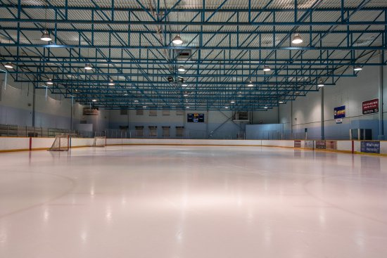 Argyll Plaza Hotel: Argyll Ice Arena - connected to hotel (Same owners as hotel)