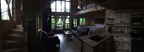 Pine Cove Lodging: photo0.jpg