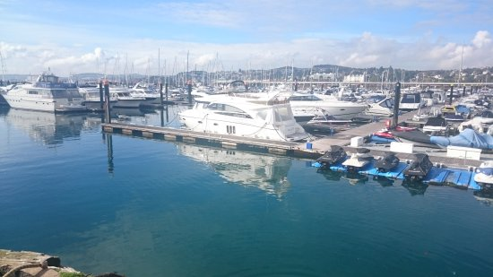 Hotels Near Torquay Harbour