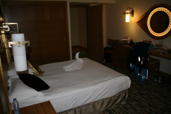 Royal Dragon Hotel Image
