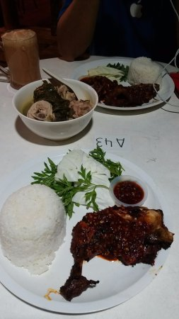 My Village Barok: Grill Chicken and Pansoh