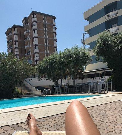 Photo de grand hotel azzurra club lido - Bagno marina beach lido adriano ...