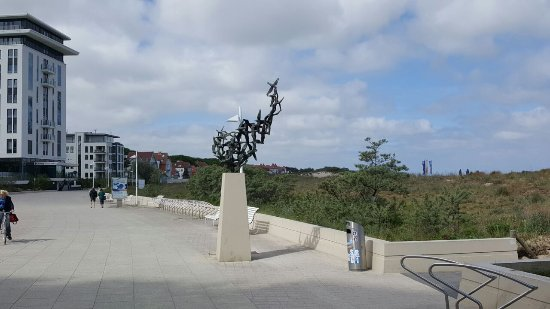 """Skulptur """"Mowenflug"""""""