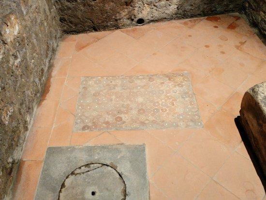 Criptoportico Romano di Piazza Duomo