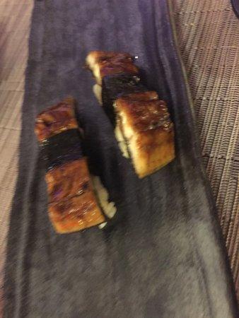 Hikari Sushi Bar: Anguila Ahumada con Kabayaki