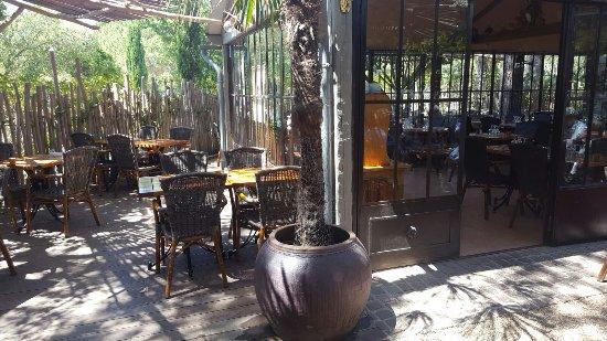 Restaurant La Pomme De Pin Saint Tropez