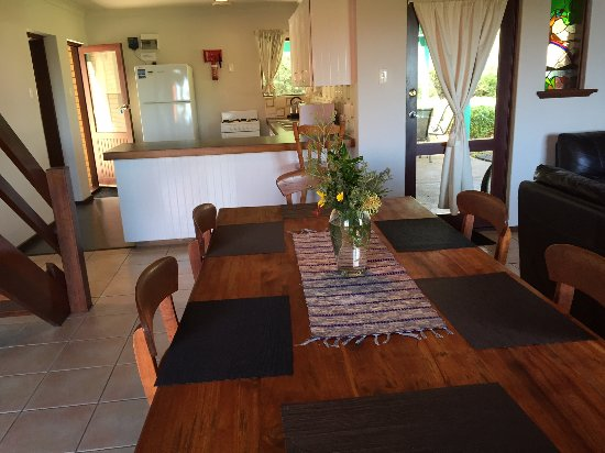 Prevelly, Austrália: Fully Equipped kitchen-double level house