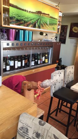 Μέθη Bistro & Wine Bar