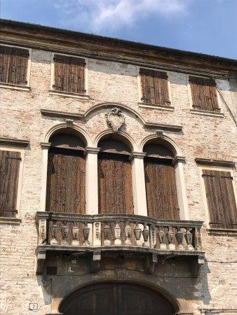 Palazzi di Via Borgo Erniano