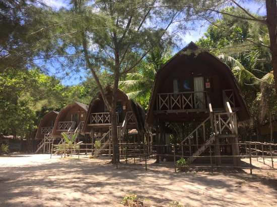 Pulau Mantanani Besar, ماليزيا: Get the room for ensuite bathroom and more privacy.