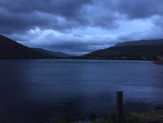 Leenane Hotel: View from our bedroom at night.