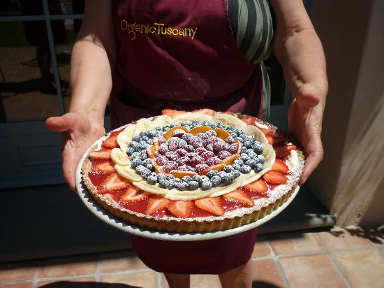 Organic Tuscany Cooking Classes: Manuela's custard tart was to die for