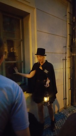 McGee's Ghost Tours of Prague: Spooky, spooky story...