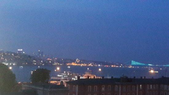 Elanaz Hotel Istanbul: 20170602_205844_large.jpg