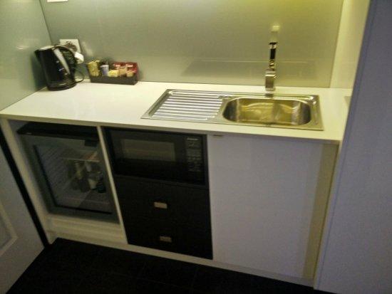 Exceptionnel Best Western Bluegum Motel: Mini Bar/sink