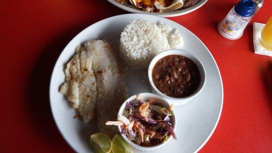 Playa Las Lajas, Panama: ...noch ein Essen.