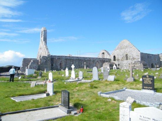Ballinskelligs Abbey