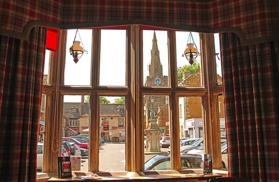 Uppingham, UK: The view from the bar.
