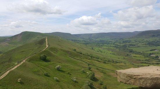 Castleton, UK: Ridge Walk Mam Tor to Losehill
