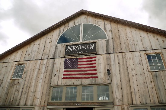 Barre, MA: Exterior of the barn from the patio seating area.