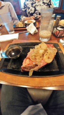 Portage, WI: 160z prime rib