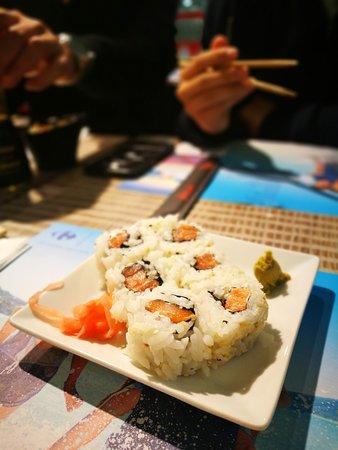 Sushi Masa : Salmon rolls