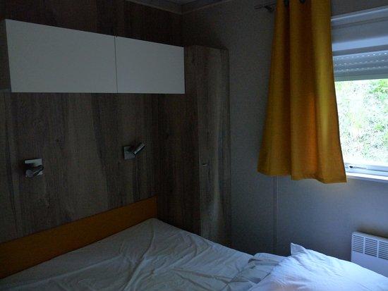 Camping la Ferme de Castellane : très bon lit