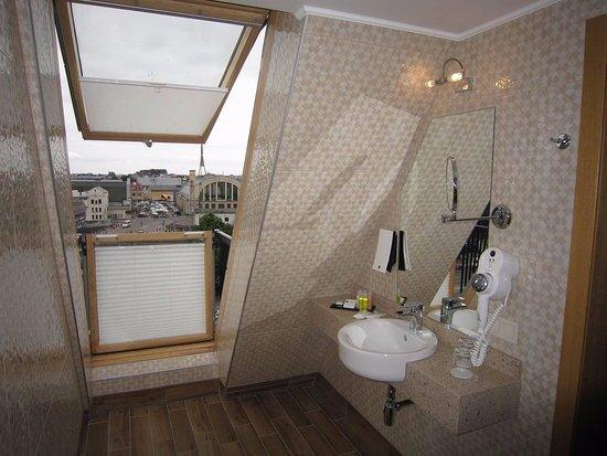 Mansard room 809 picture of wellton riga hotel spa for Mansard room