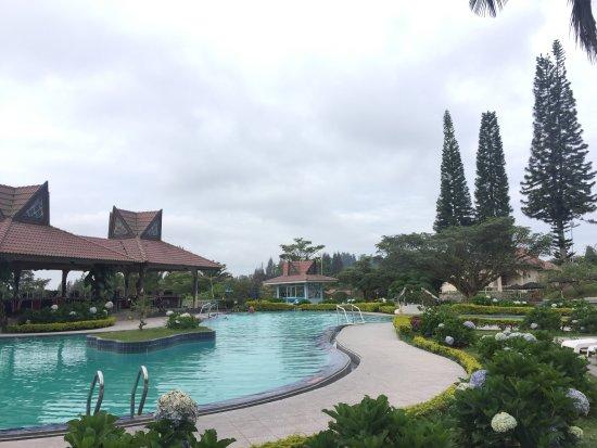 Sinabung Hills Hotel & Cottage