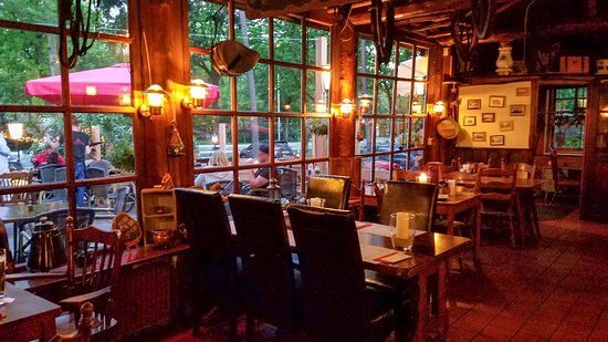 Soesterberg, Nederland: Cozy dining room and relaxed atmosphere