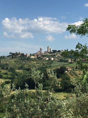Montespertoli, Italia: San Gimignano