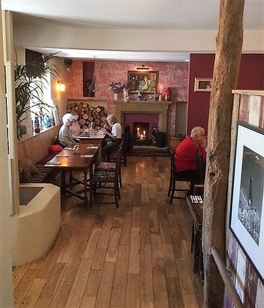 Little Eccleston, UK: One of several dining areas .