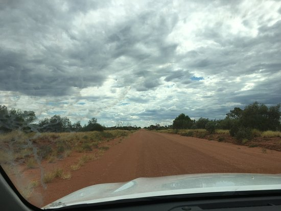 Northern Territory, Avustralya: Typical stretch of road..