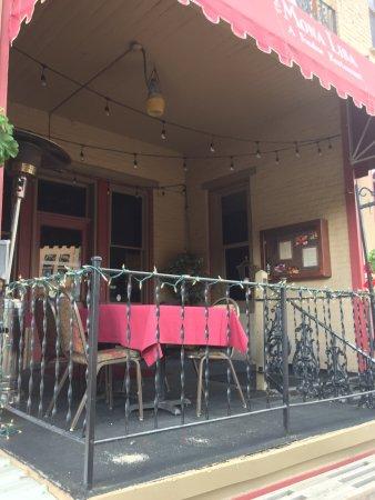 Mona Lisa Fondue Restaurant: Nice