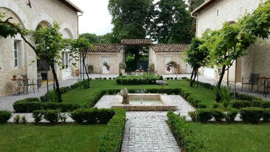 Saint-Beauzeil, France: image-0-02-04-94b2dc2baae1909e1d6b61972b1eaf2140eef81159ff6d383a451450db64f1ac-V_large.jpg