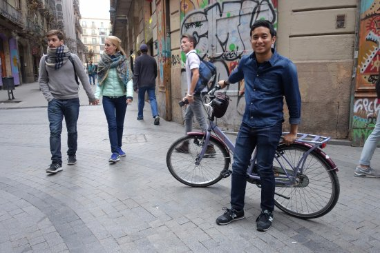 Barcelona CicloTour : Mandatory Picture with the Bike