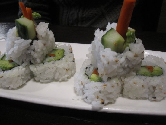 Dragonfish Asian Cafe : Veggie Roll