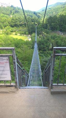 San Marcello Pistoiese, إيطاليا: dall'altro lato del ponte